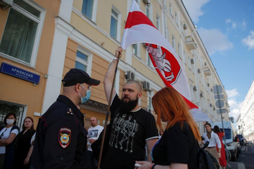 Выборы президента Белоруссии в Москве.