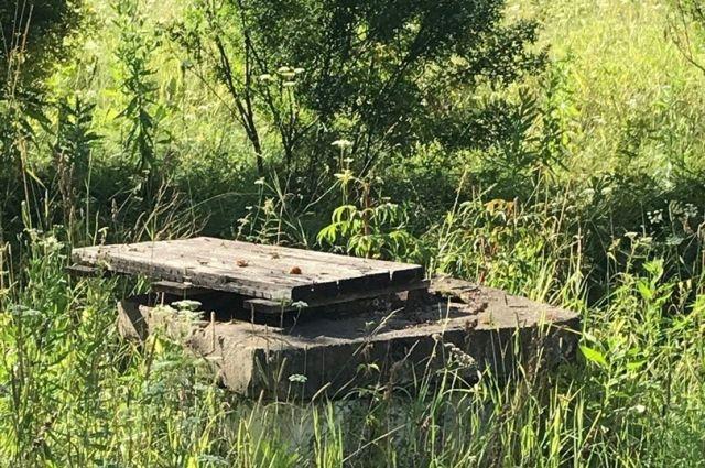Местные жители говорят, что раньше водоотведение шло через очистные.