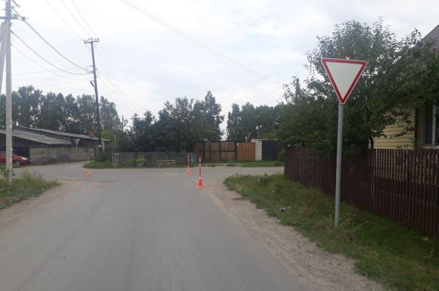 В поселке Винзили пьяный водитель сбил двух девочек