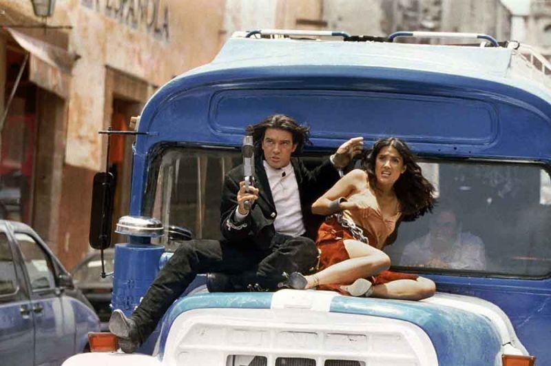 «Однажды в Мексике» (2003) — Эль-Мариачи.
