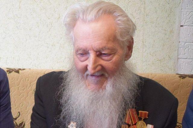 Антон Матвеевич награждён медалью «За Победу над Японией».