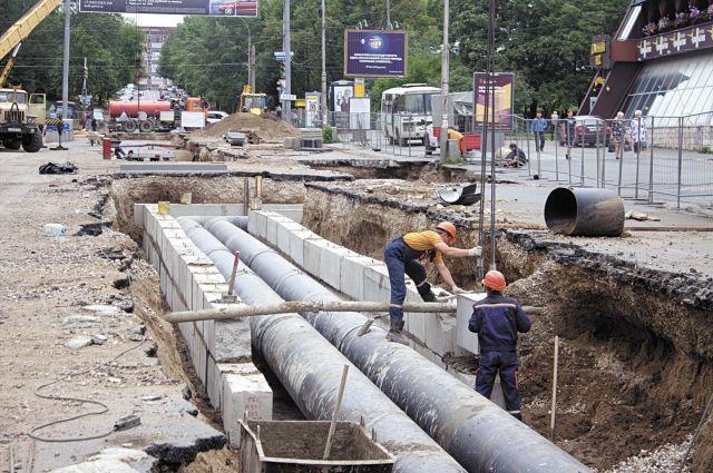 В Оренбурге завершается масштабная реконструкция тепломагистрали на Аксакова.