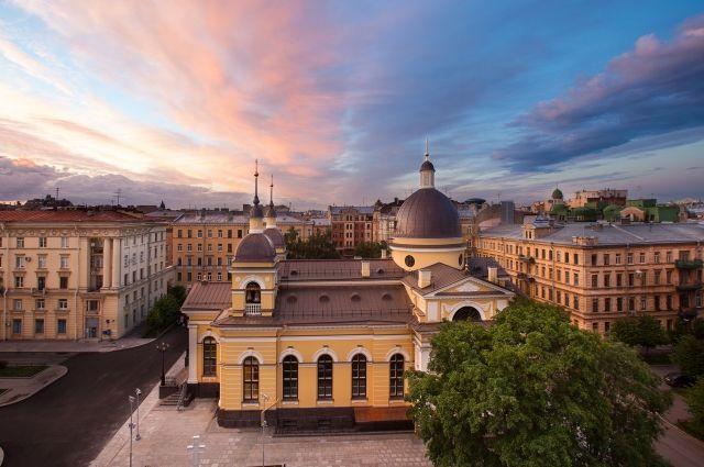 Для Северной столицы это первый пример восстановления некогда существовавшей церкви в первозданном облике полностью, «с нуля».