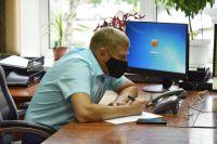Глава кузбасского минздрава вылечился от коронавируса, зато заразу подцепил мэр Белова Алексей Курносов, ответственный за главный шахтёрский праздник в этом году.