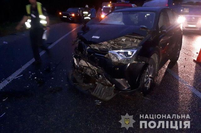 Под Львовом произошла авария: восемь человек пострадали