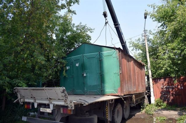 Собственники свои металлические коробки смогут забрать со спецплощадки, оплатив затраты по сносу и перевозке.