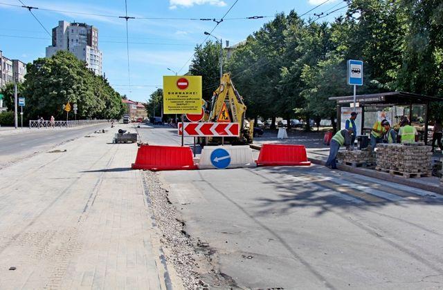Во время ремонта улицы Багратиона обновили трамвайные пути