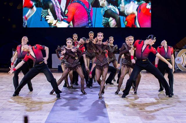 Тюменские танцоры открывают сезон новыми программами
