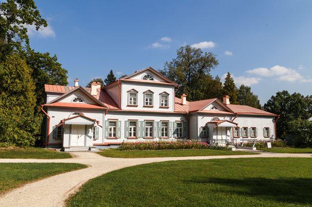 Музей-усадьба «Абрамцево».