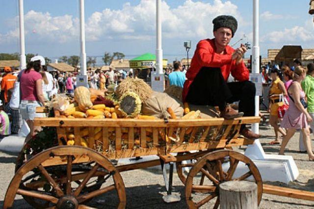 Историю казачества, духовное наследие, культуру и традиции на Кубани стараются сохранять, развивать и использовать.