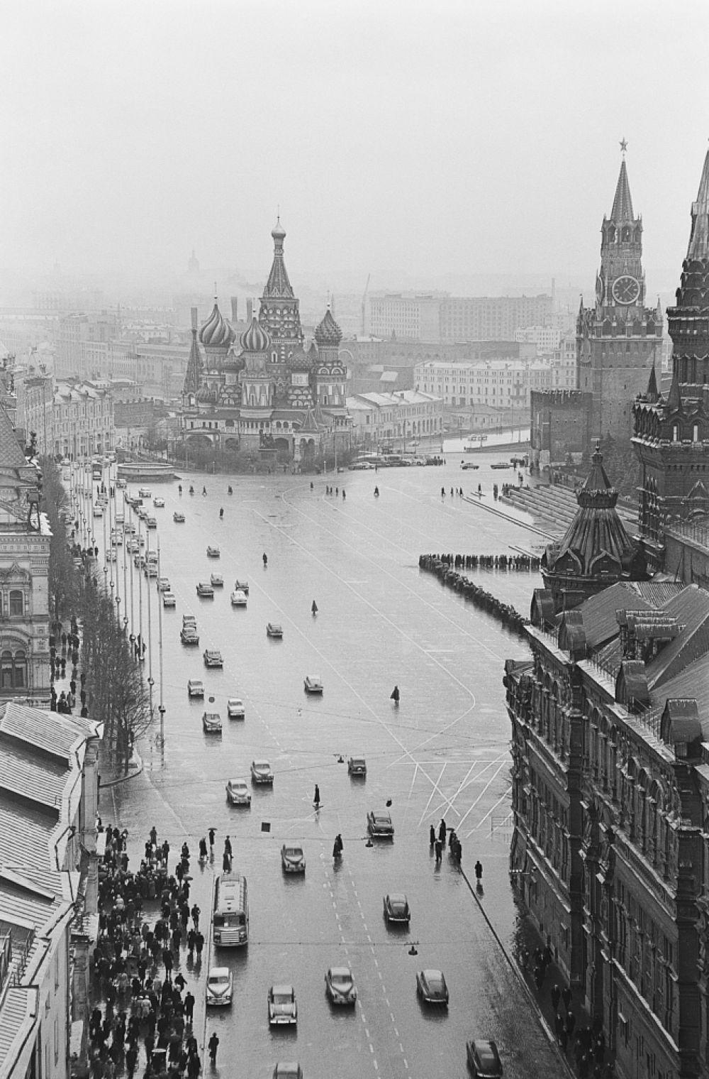Красная площадь. Исторический проезд. 1958