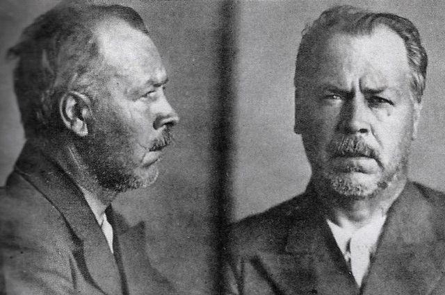 Тюремное фото Николая Вавилова.