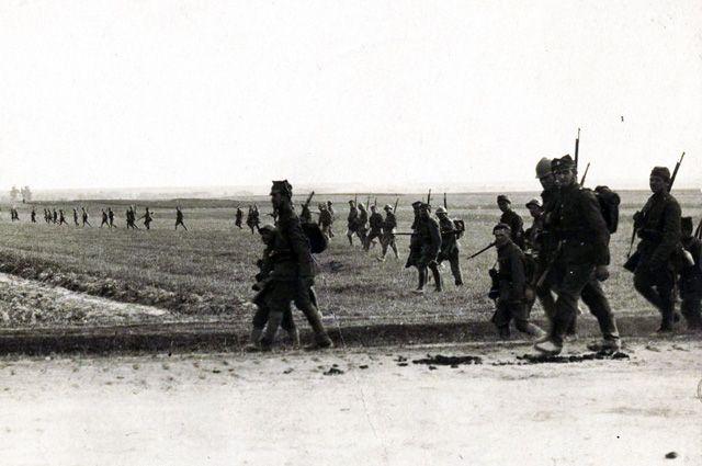 Польские солдаты во время Варшавской битвы.