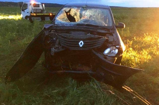 По предварительной информации, водитель не справился с управлением.