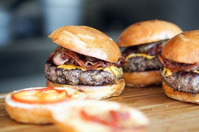 Диетологи рассказали, какие продукты мешают похудению