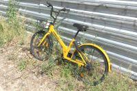 В Салехарде автомобиль сбил подростка на велосипеде