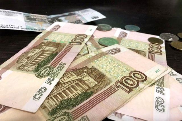 Мужчина не доплачивал более 200 тысяч рублей за алименты.
