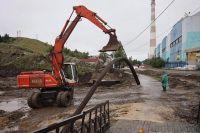 В Нижних Сергах продолжаются восстановительные работы.