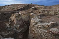 Останки главных ворот Отрара— родины аль-Фараби.
