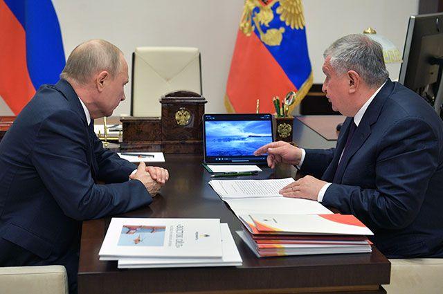 Владимир Путин и Игорь Сечин.