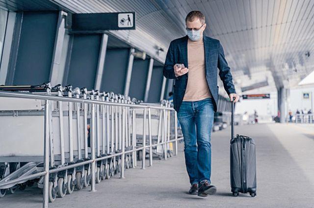 Пассажир с явными признаками COVID-19 не сможет пройти на территорию аэропорта.