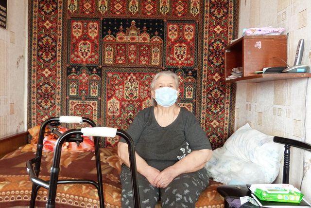 В госпитале Антонина Елисеевна пробыла две недели.