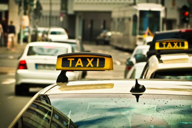 Водители такси нередко становятся участниками ДТП.
