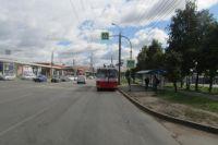 В Ижевске ребенок на велосипеде врезался в троллейбус