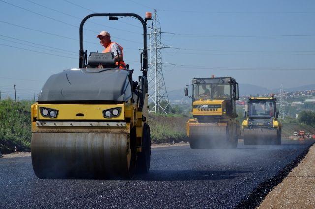 При ремонте дороги в обход Красноярска используется асфальт А1.