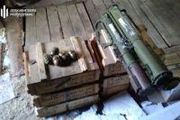 Чиновник Службы внешней разведки вывозил боеприпасы из зоны ООС