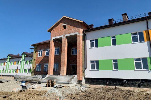 Девять новых школ откроют в Тюменской области в 2020 году