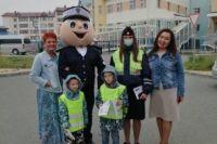 Автоинспекторы Салехарда и мультяшные герои  обратились к родителям