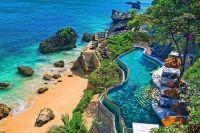 Бали закрыли для туристов до конца года