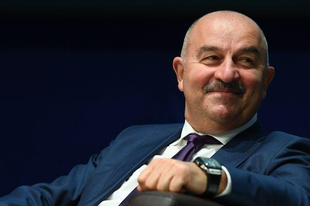 Станислав Черчесов, главный тренер сборной России по футболу.