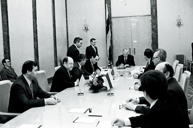 В августе 1990 года Борис Ельцин приехал в Казань.