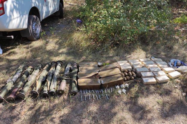 В Донецкой области обнаружили тайник с боеприпасами