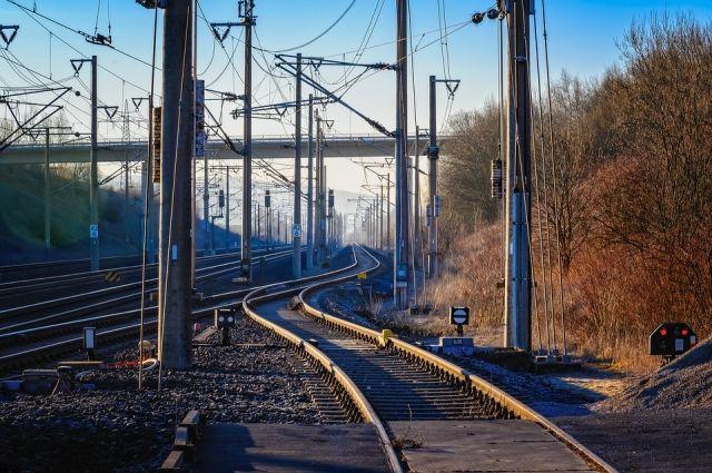 В Удмуртии мужчина попал под поезд