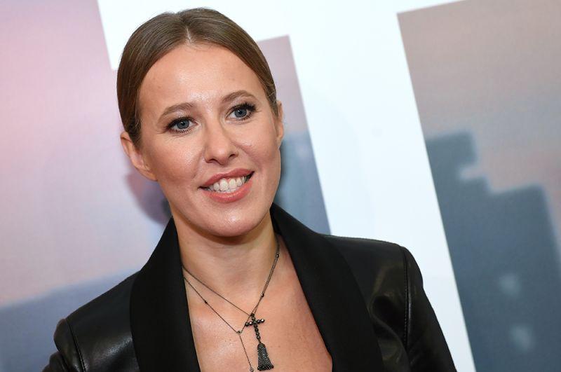 Телеведущая Ксения Собчак второй год подряд возглавляет рейтинг. Forbes уточняет, что за год ее доход от рекламы в социальной сети составил 1,48 миллиона долларов.