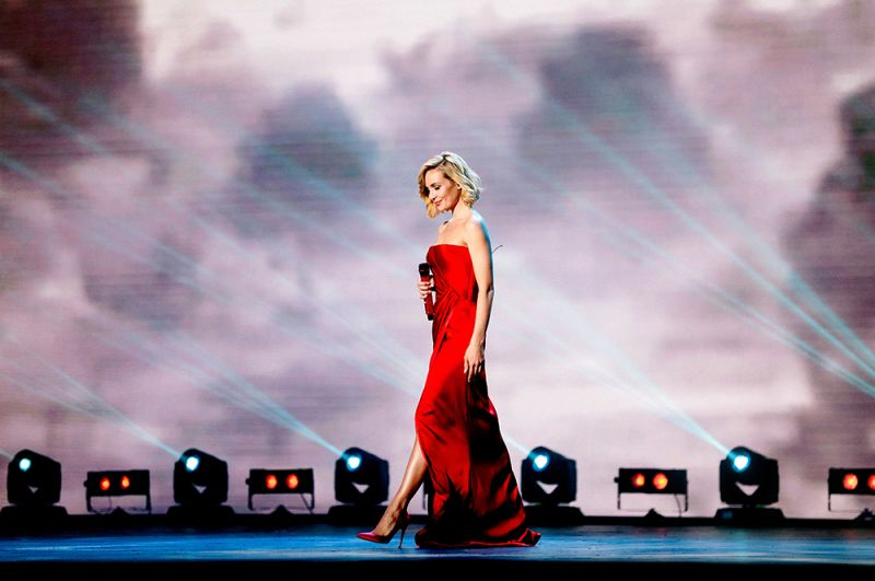 Второй в рейтинге в этом году идет певица Полина Гагарина с доходом в 0,89 миллиона долларов.