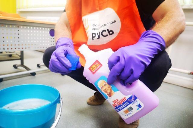 В преддверие начала учебного года компания Procter&Gamble организовала благотворительную акцию «Снова в школу».
