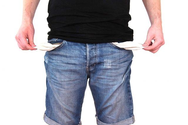Ишимец экономил и платил алименты единственному сыну по 400 рублей в месяц