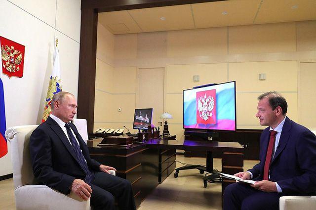 Президент РФ Владимир Путин во время большого интервью по актуальным темам ведущему ВГТРК Сергею Брилеву.
