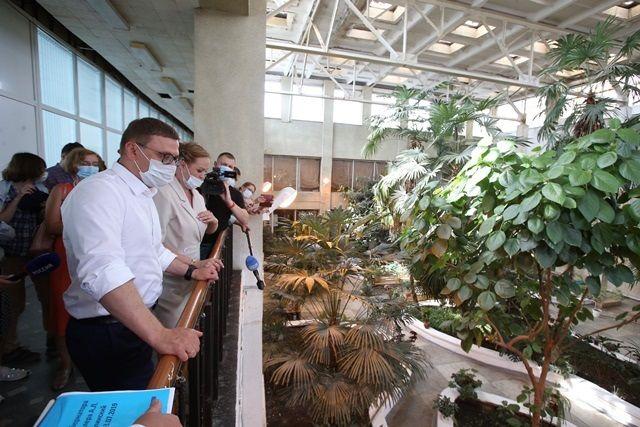 Уникальный зимний сад во Дворце культуры в Каслях теперь не заливает вода с потолка.