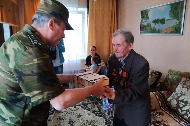 Труженик тыла Георгий Эдвардович Аболь с 14 лет работал в колхозе.