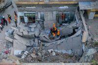 В Китае во время праздника обрушился ресторан. Есть погибшие