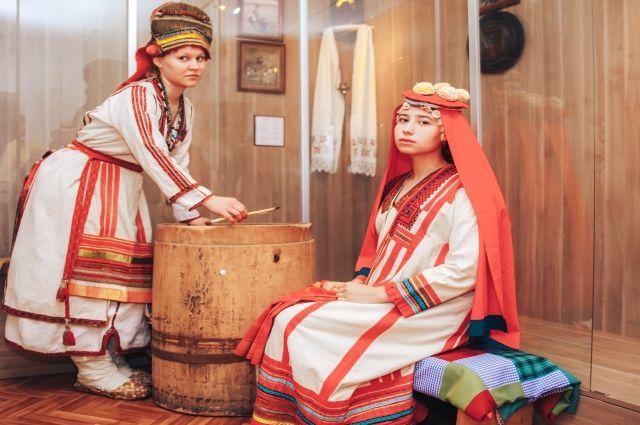 Одежда, созданная на основе костюмов, которые татарстанская мордва носила более 100 лет назад.