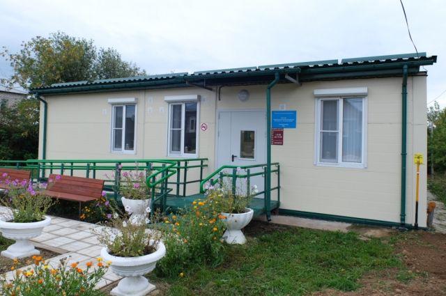 Врио губернатора оценил медучреждения в Бардымском районе.