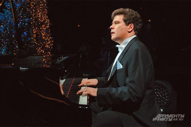 Два дня на сцене краевой филармонии будет выступать Денис Мацуев.