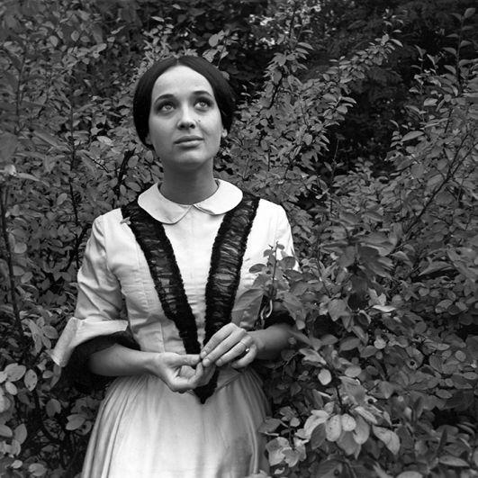 Ирина Печерникова в роли Зинаиды Засекиной в фильме «Первая любовь» Василия Ордынского, 1968 год.