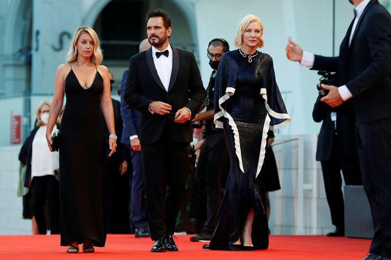 Члены жюри Венецианского фестиваля: Людивин Санье, Мэтт Диллон и Кейт Бланшетт.